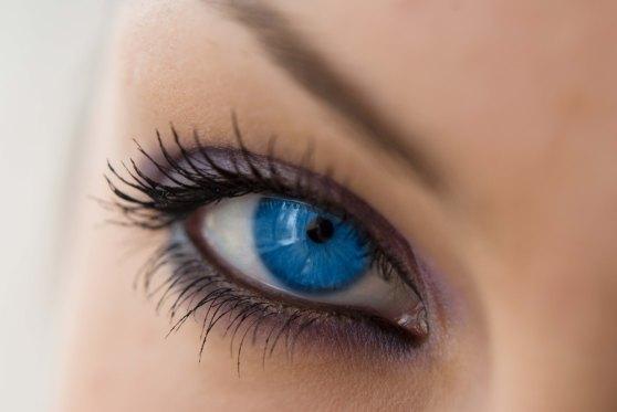 blue-eyes01