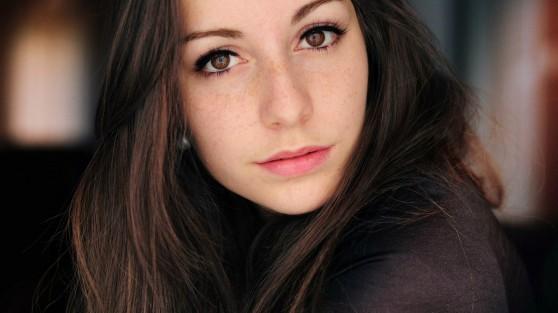 brown_eyes_girl_face_20130907_1434232509