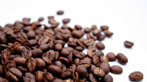 coffee-beans_1920x1080_473-hd